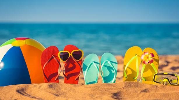 Deniz Kum Renkli Terlikler